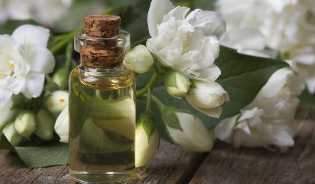 Oczyszczanie skóry. Tonizacja naturalny poziom ph