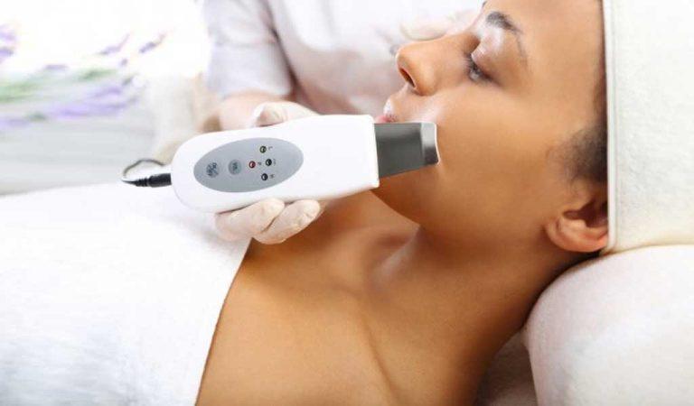 Peeling kawitacyjny – zabieg ultradźwiękami.